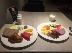 リンド朝食