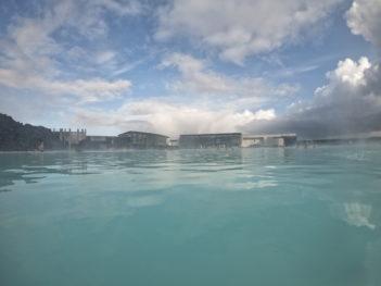 ブルーラグーン温泉