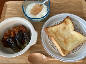 トマトカレー&トースト