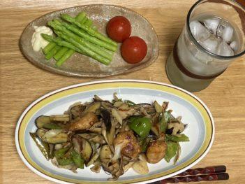 鶏からと夏野菜炒め