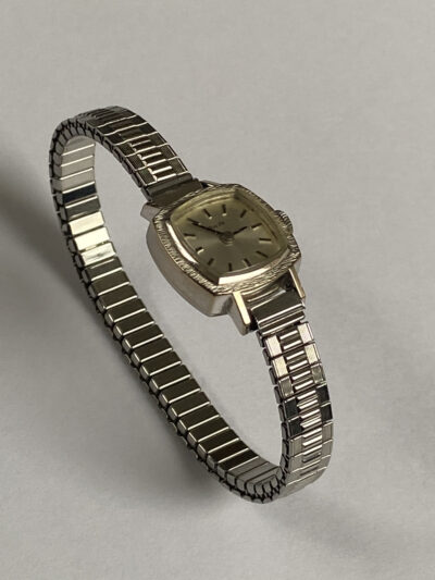 nivada時計