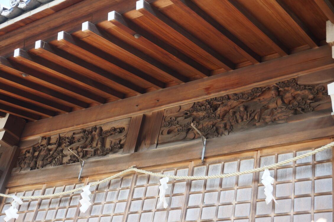 神楽殿木彫り