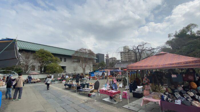 西新井大師骨董市3